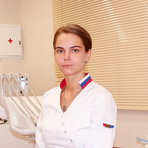 Шестакова Анна Сергеевна