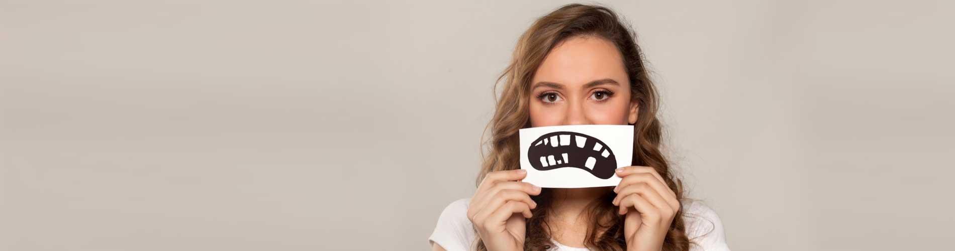 4 привычки которые быстро портят зубы