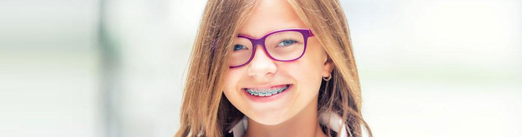 Все про детские брекеты: зачем и когда их можно ставить ребенку